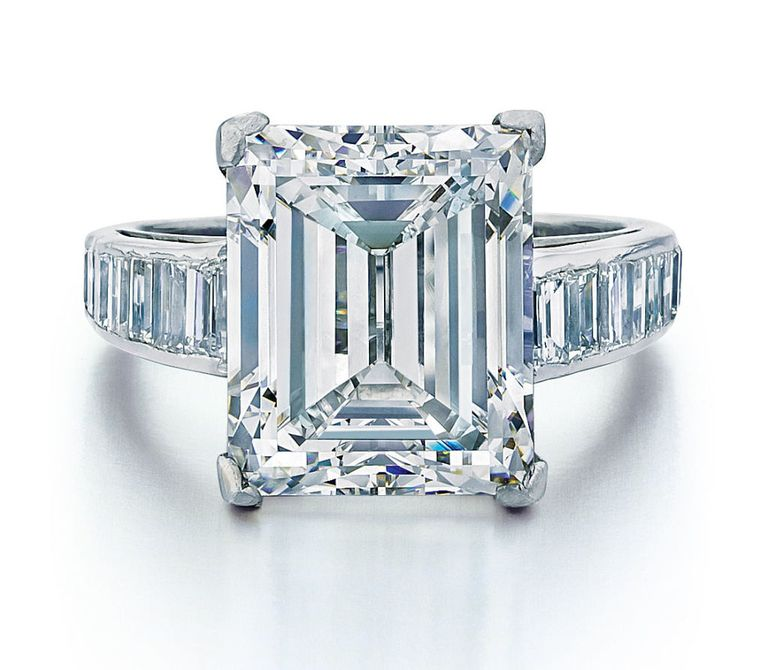 auction en auctions magnificent jewels rare diamond rings blue fancy important s and sotheby vivid ring