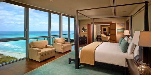 Interior design, Lighting, Room, Floor, Bed, Property, Flooring, Wall, Real estate, Furniture,