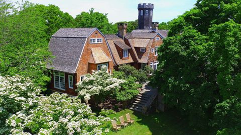 Property, House, Building, Real estate, Shrub, Roof, Home, Garden, Groundcover, Brick,