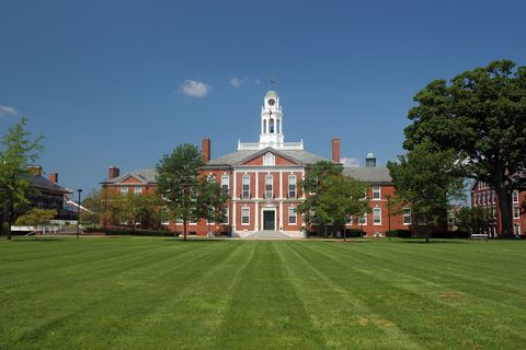 Grass, Landmark, Real estate, Lawn, Park, Mansion, Garden, Campus, Manor house, Estate,