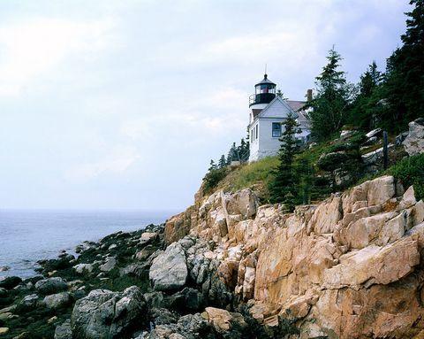 Coastal and oceanic landforms, Bedrock, Rock, Terrain, Tower, Outcrop, Coast, Slope, Promontory, Ocean,