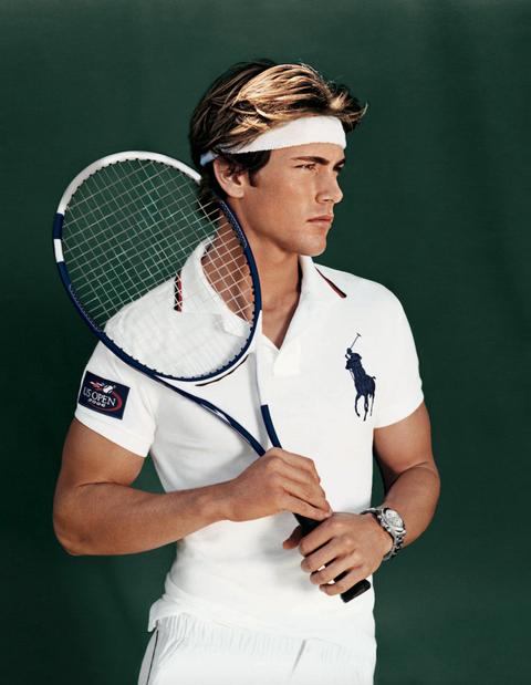Lip, Finger, Sports equipment, Tennis racket, Elbow, Racketlon, Hand, Wrist, Strings, Racket,