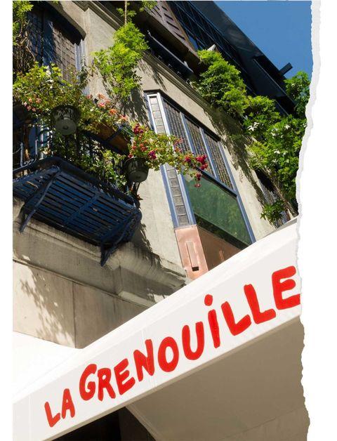 Neighbourhood, Real estate, House, Rectangle, Balcony, Cottage,