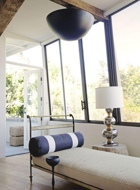 Wood, Room, Interior design, Property, Floor, Wall, Flooring, Home, Ceiling, Real estate,