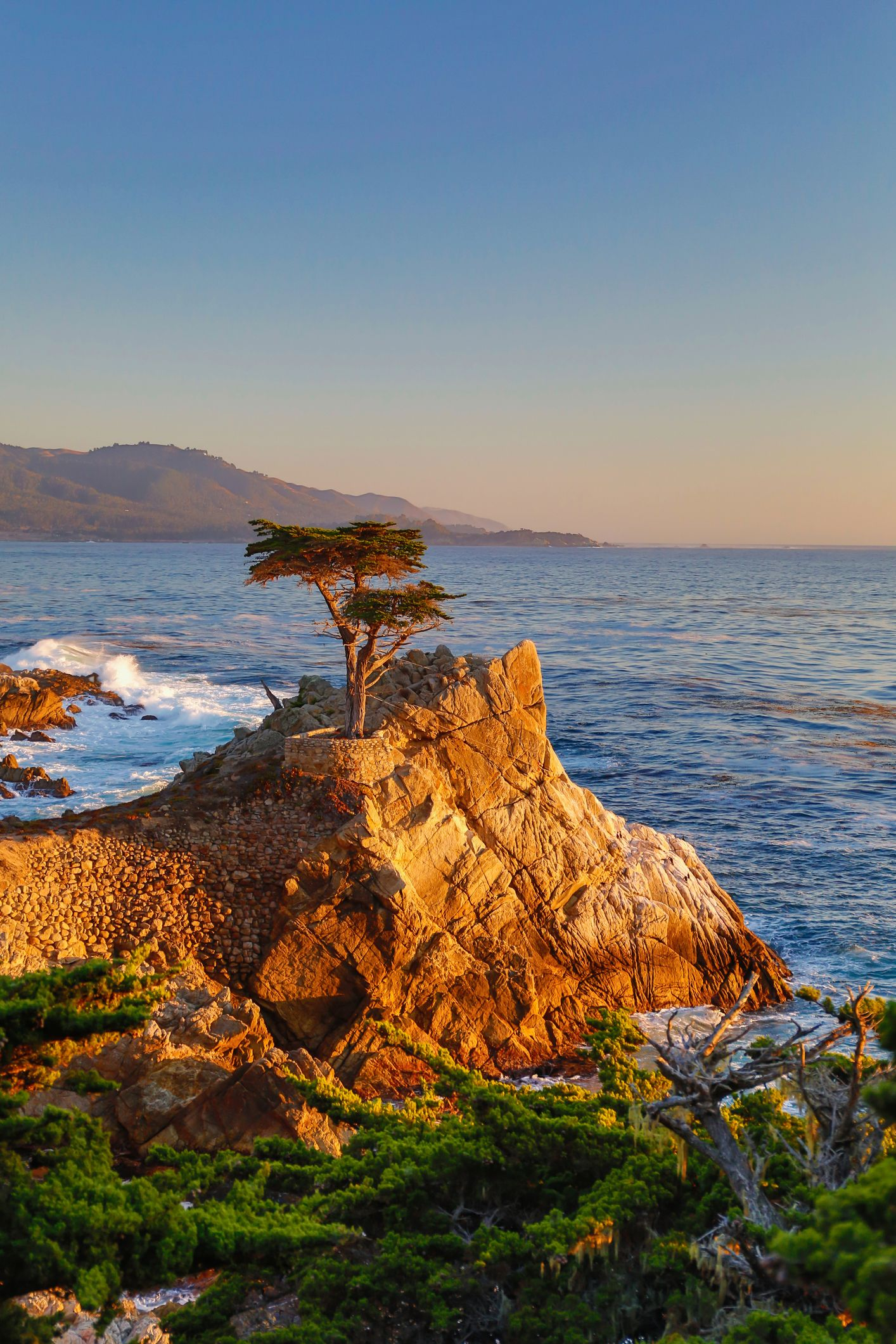 fall beach vacation ideas: carmel, california