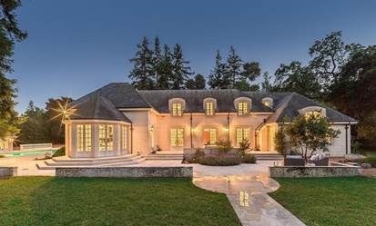 Property, Real estate, Home, Facade, Landscape, Tree, Land lot, Residential area, Garden, House,