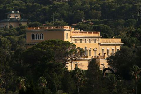 Building, Estate, Mansion, Hill station, Architecture, Villa,