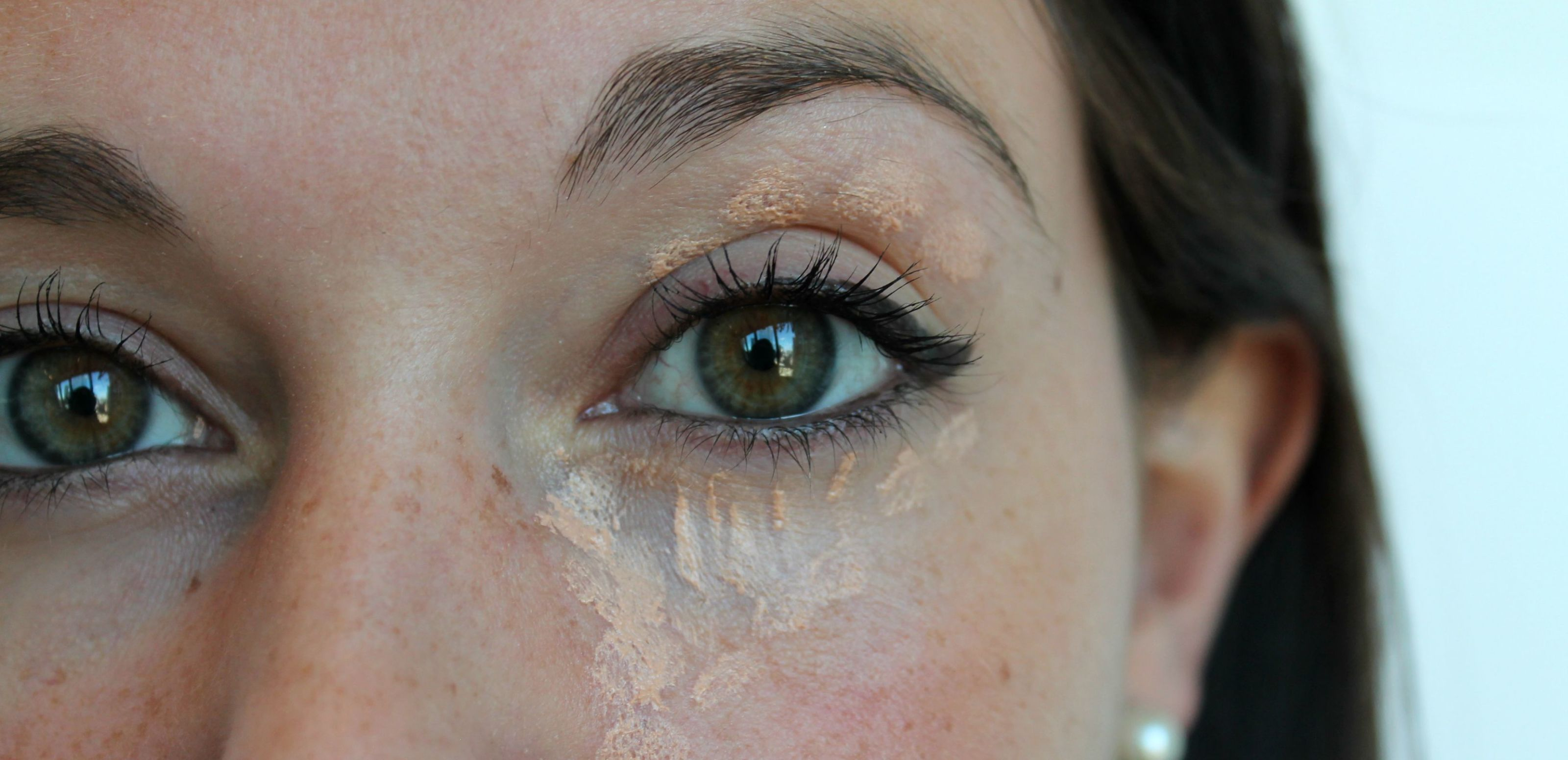 This Easy Trick Covers Up Dark Circles and Fights Wrinkles at the Same Time
