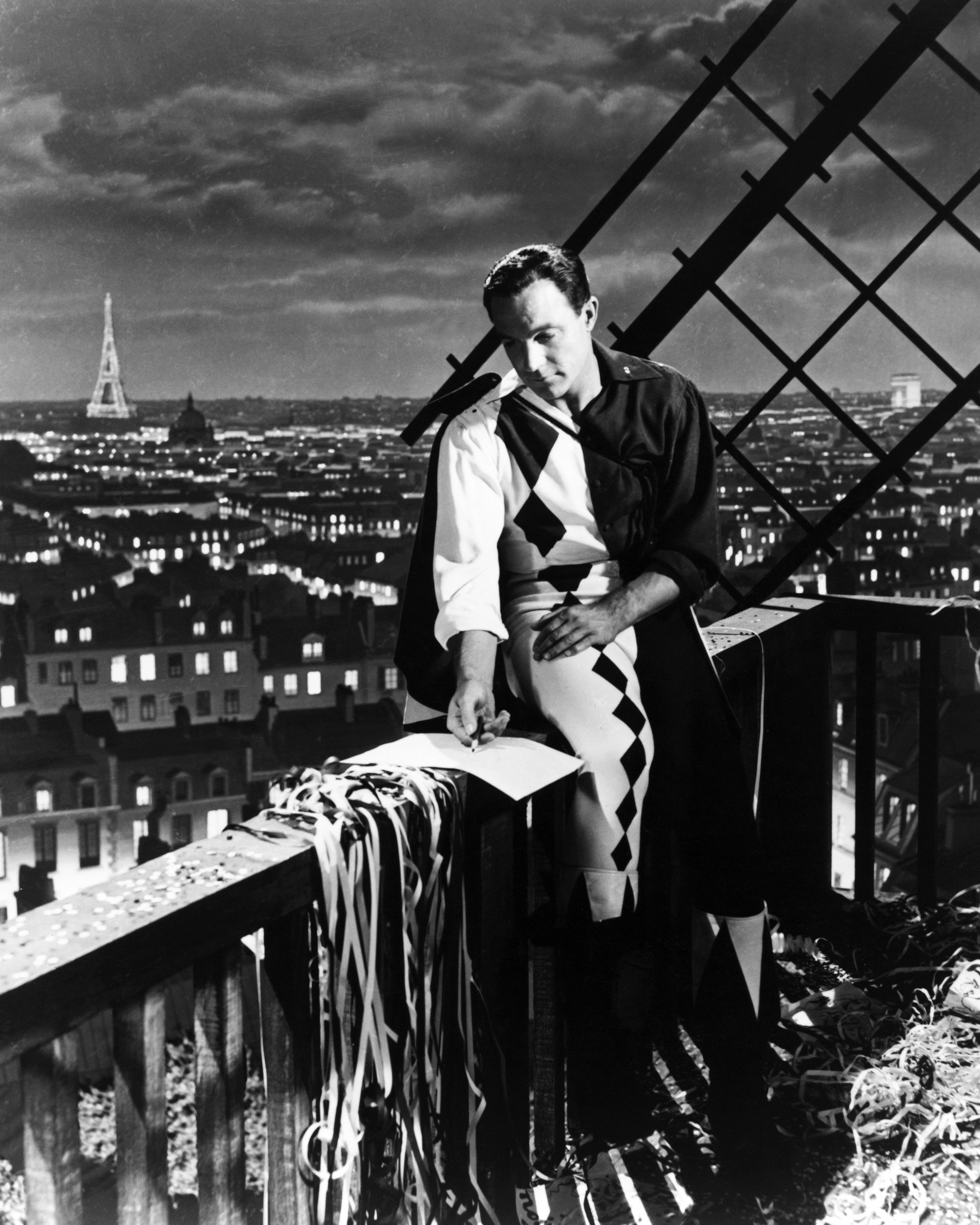 <p>This Gene Kelly classic tells the story of a former American soldier who remains in Paris after the war to become a painter (how romantic, right?) and falls for a local French girl. Two becomes a love triangle of three though when a rich heiress starts to show interest in the painter on more than a professional level.</p>