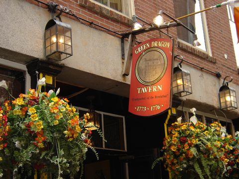 Window, Lighting, Flower, Amber, Floristry, Signage, Flower Arranging, Annual plant, Restaurant, Floral design,