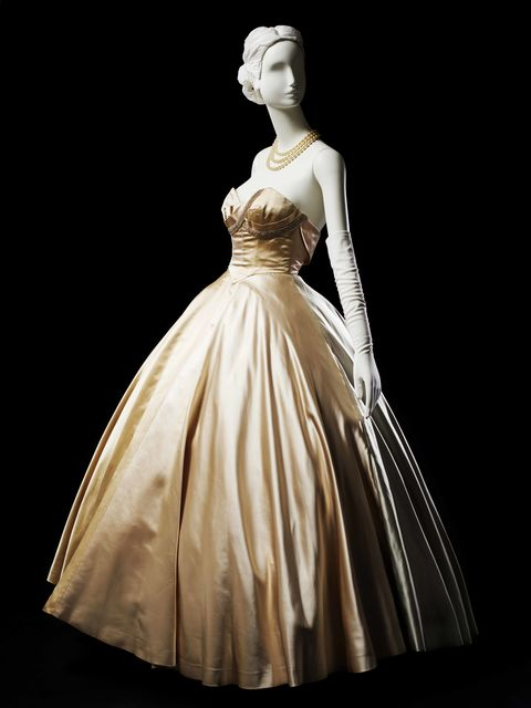Clothing, Sleeve, Dress, Shoulder, Gown, Formal wear, Style, One-piece garment, Victorian fashion, Fashion,