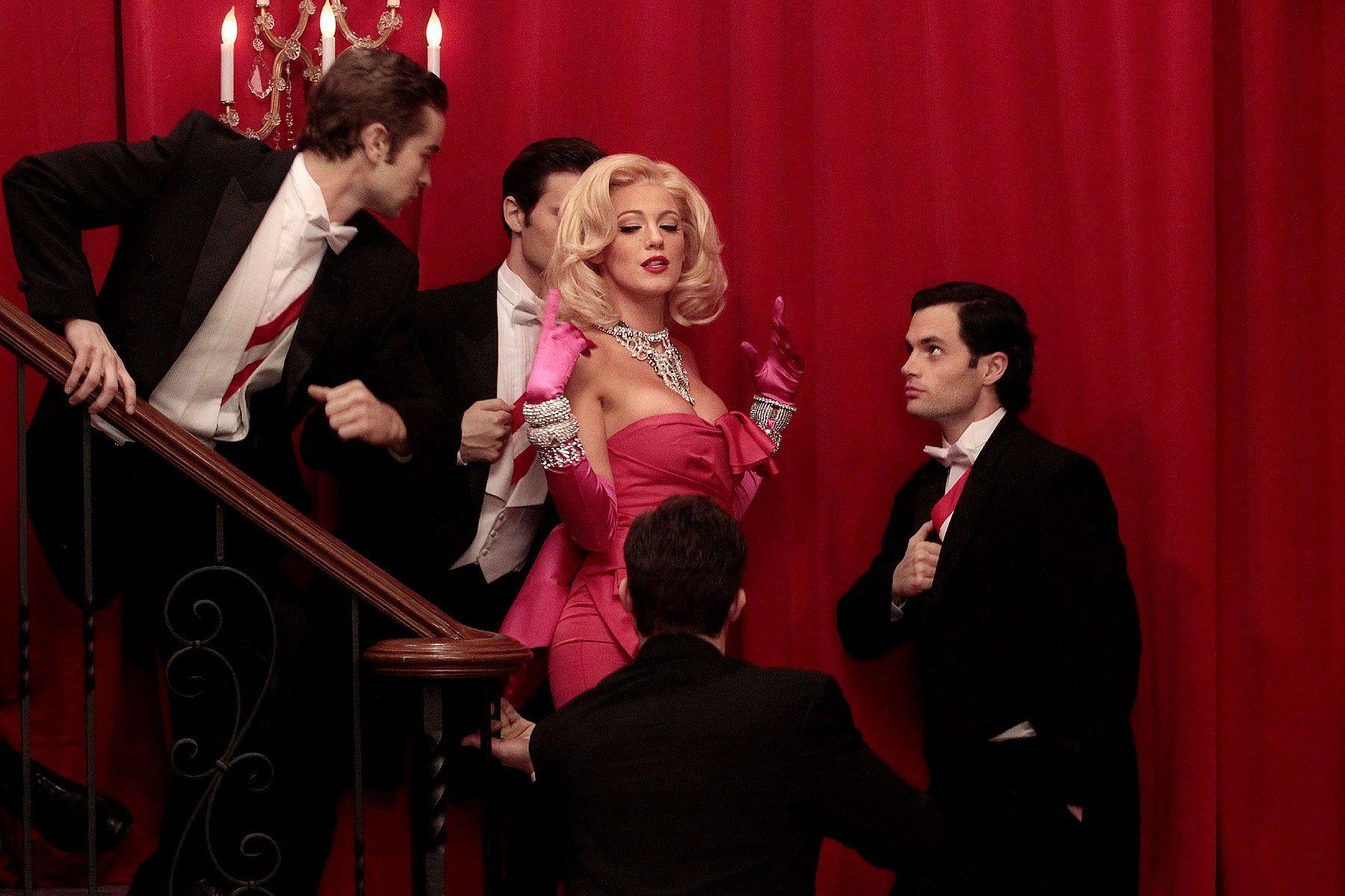 10 Best Marilyn Monroe Costume Ideas - How to Dress Like Marilyn ...