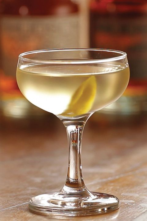 manhattan christmas martini recipe - White Christmas Martini Recipe