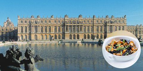 Facade, Landmark, Palace, Reflection, Dish, Sculpture, Recipe, Classical architecture, Cuisine, Water feature,