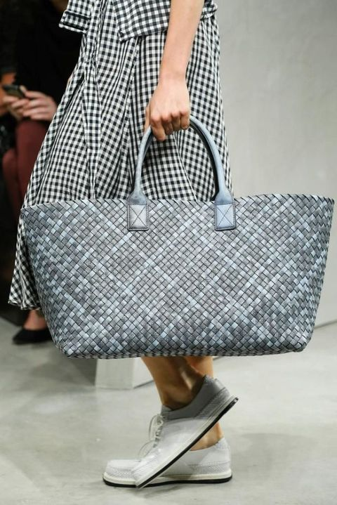 Clothing, Pattern, Bag, Textile, Joint, White, Human leg, Style, Fashion accessory, Luggage and bags,