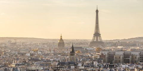 City, Urban area, Tower, Metropolitan area, Metropolis, Spire, Landmark, Roof, Cityscape, Atmospheric phenomenon,