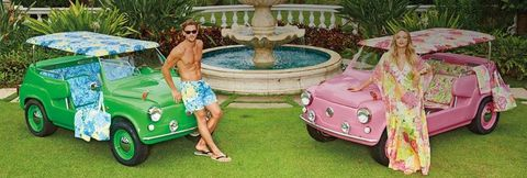 Vehicle, Fountain, Leisure, Classic car, Automotive exterior, Water feature, Garden, Sunglasses, Antique car, Vehicle door,