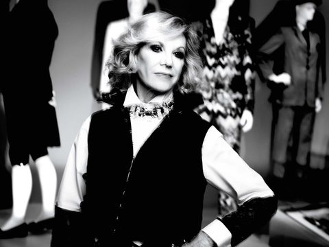 Style, Monochrome, Monochrome photography, Fashion, Black-and-white, Fashion model, One-piece garment, Glove, Day dress, Model,