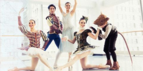 Performing arts, Entertainment, Dancer, Art, Performance, Artist, Performance art, Choreography, Dance, Concert dance,