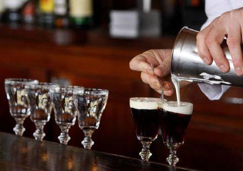 Barware, Drinkware, Glass, Alcohol, Alcoholic beverage, Drink, Liquid, Tableware, Distilled beverage, Liqueur,