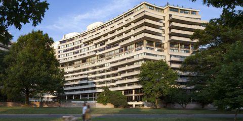 Property, Architecture, Condominium, Tree, Tower block, Apartment, Facade, Building, Woody plant, Residential area,