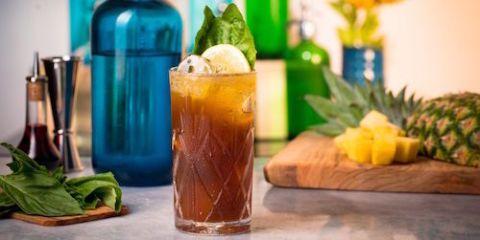 Green, Liquid, Food, Fluid, Ingredient, Bottle, Produce, Tableware, Drink, Distilled beverage,