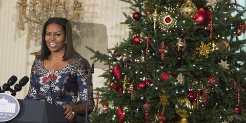 Lighting, Event, Christmas decoration, Interior design, Christmas tree, Interior design, Christmas ornament, Christmas eve, Holiday, Tradition,