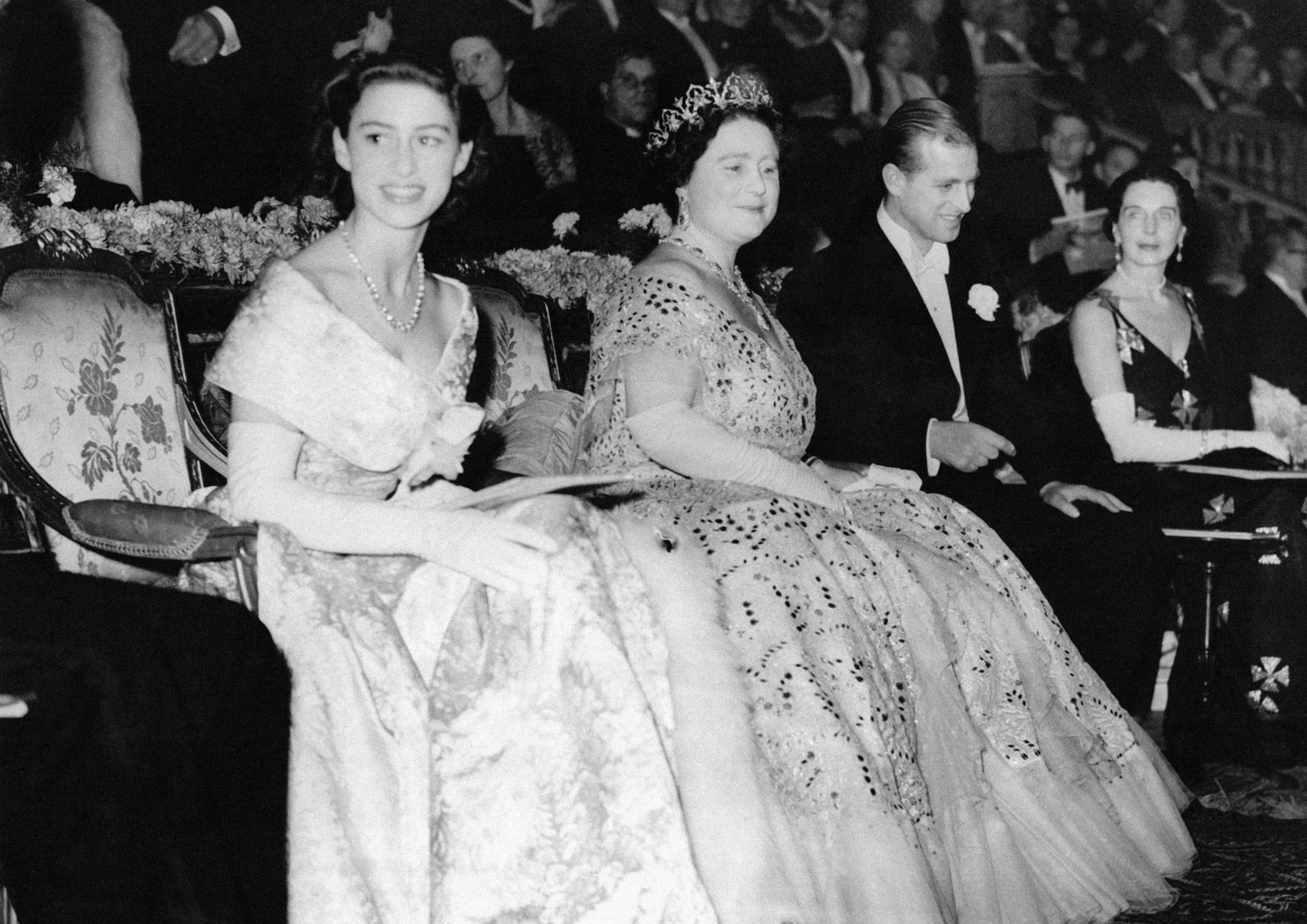 Princess Margaret Wedding.Princess Margaret S Life In Pictures Beautiful Photos Of Queen