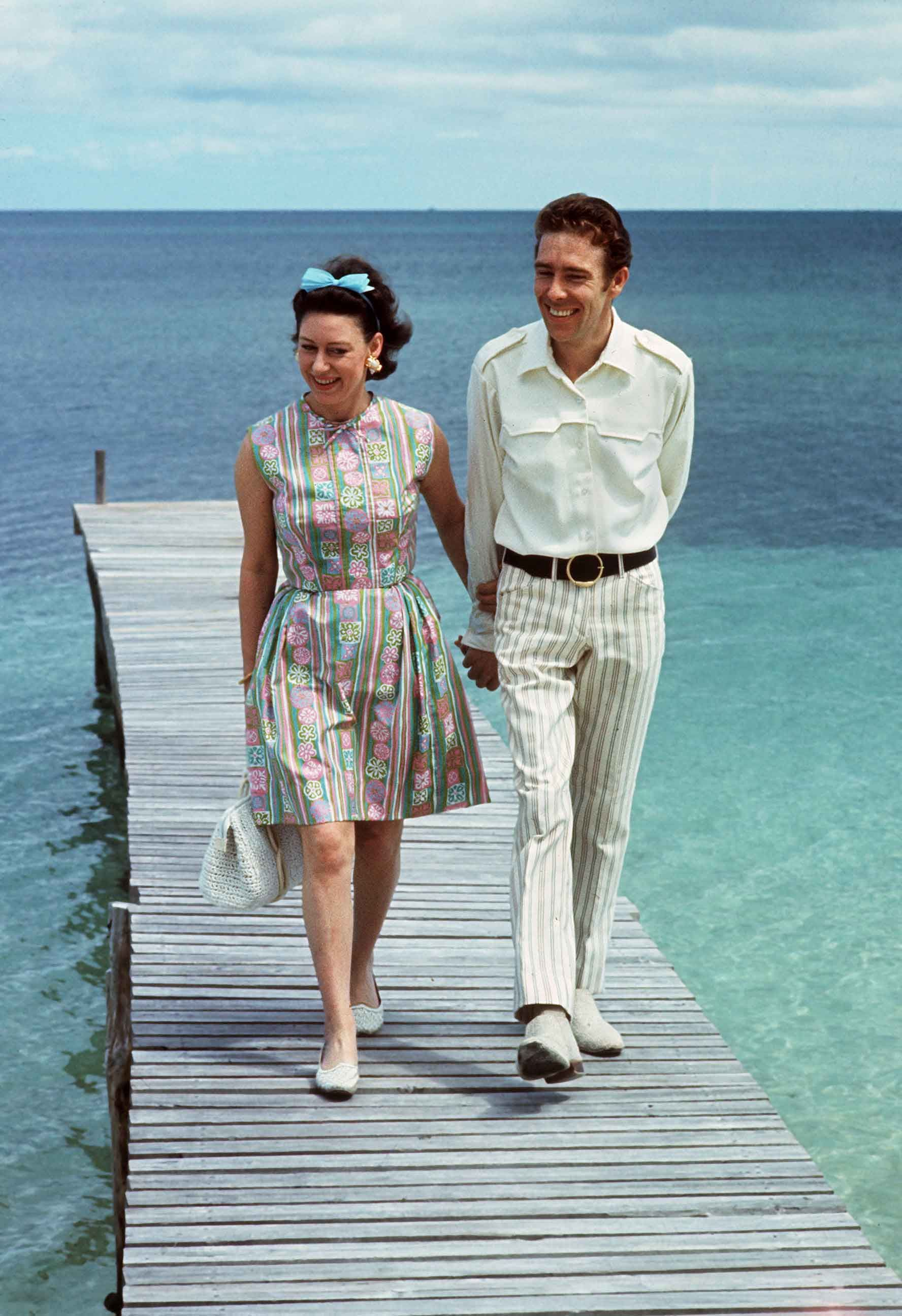 Princess Margaret S Life In Pictures Beautiful Photos Of Queen Elizabeth Sister
