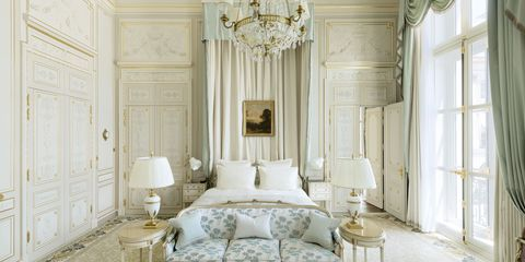 Room, Furniture, White, Interior design, Living room, Property, Bedroom, Curtain, Building, Wall,