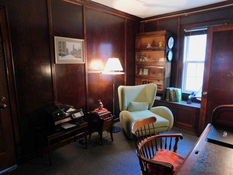 Room, Wood, Interior design, Hardwood, Furniture, Chair, Floor, Flooring, Ceiling, Living room,