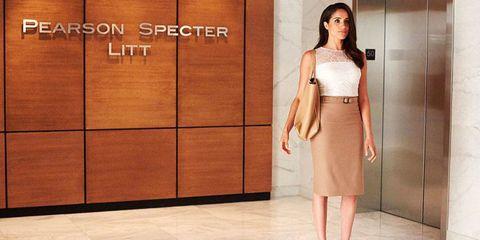 Sleeve, Skin, Shoulder, Style, Floor, Waist, Flooring, Fashion, Fashion model, Street fashion,