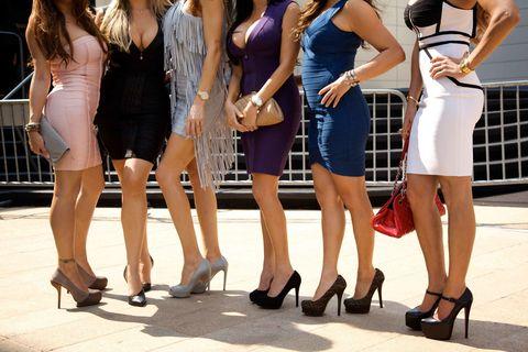 Clothing, Leg, Human leg, Dress, Sleeveless shirt, Fashion, Waist, Bag, One-piece garment, Foot,