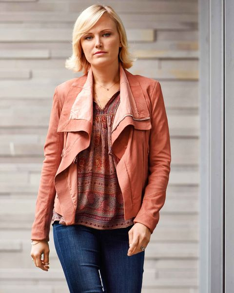 Clothing, Brown, Sleeve, Shoulder, Collar, Textile, Jeans, Denim, Joint, Outerwear,