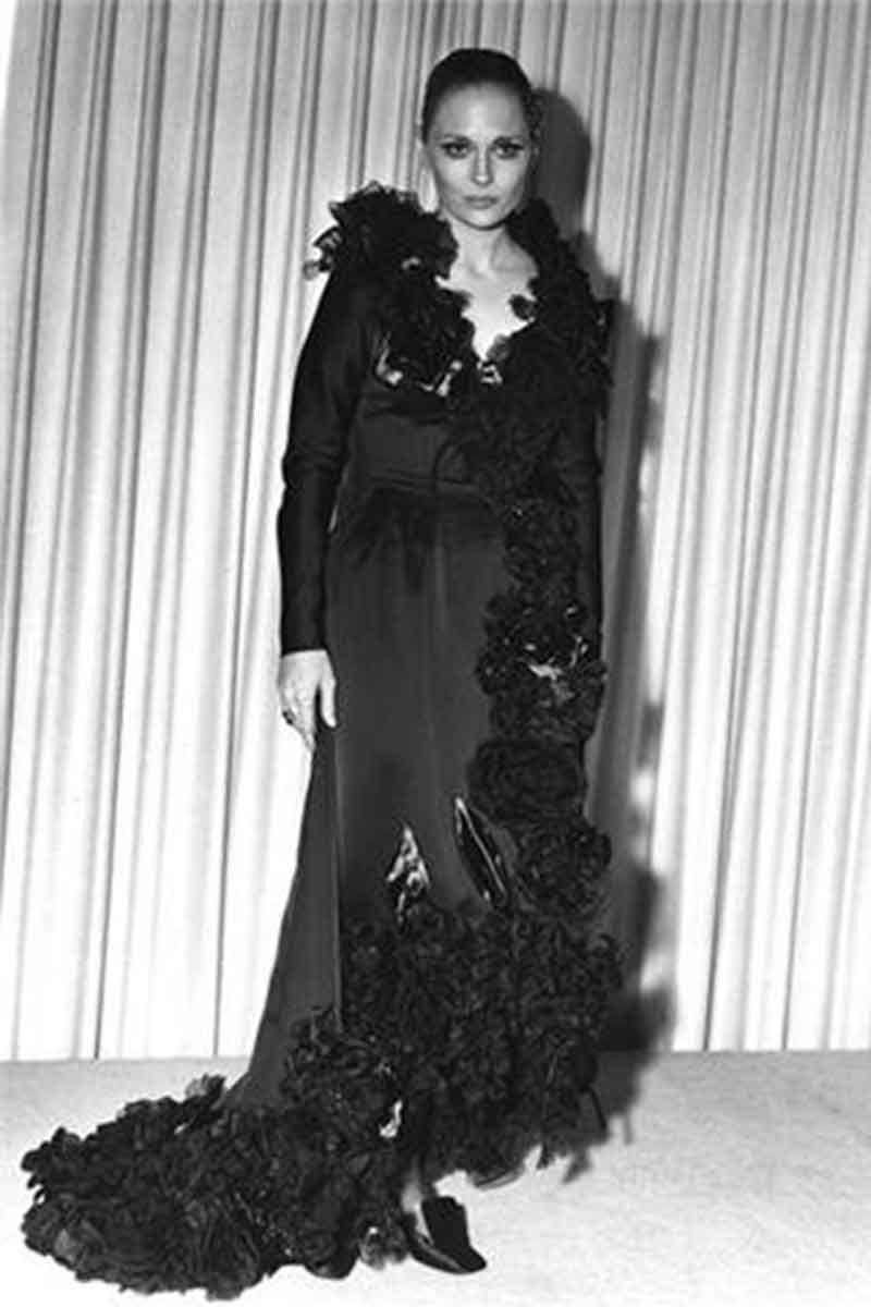 Faye Dunaway in Theodora Van Runkle.