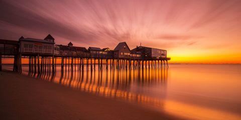 Body of water, Dusk, Sunset, Sunrise, Horizon, Red sky at morning, Evening, Shore, Coast, Afterglow,