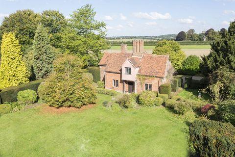 cottage estate