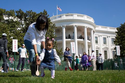 Flag, Public space, Child, Lawn, Government, Grass family, Spring, Official residence, Courthouse, Yard,