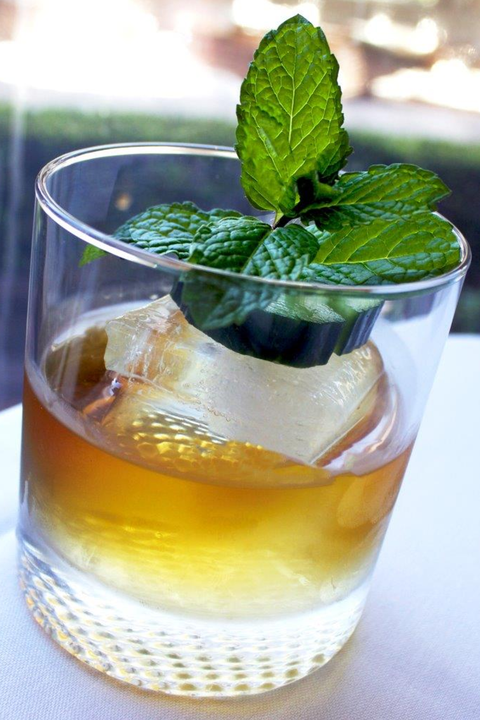 Mint julep, Drink, Mint, Food, Alcoholic beverage, Distilled beverage, Spearmint, Pimm's, Liqueur, Peppermint,