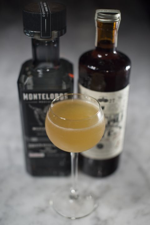 montelobos mezcal tea cocktail
