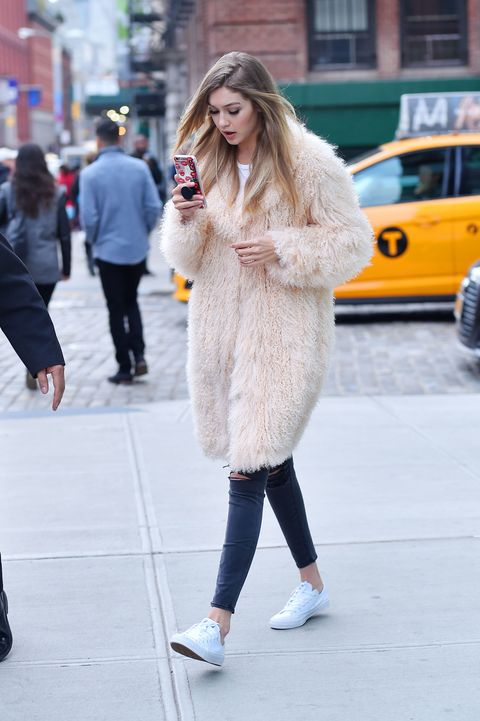 Fur, Street fashion, White, Clothing, Photograph, Fashion, Fur clothing, Snapshot, Yellow, Footwear,