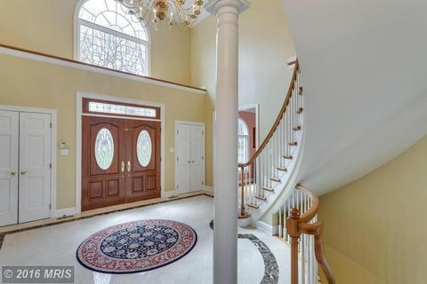 Property, Room, Interior design, Ceiling, Wall, Stairs, Building, Real estate, House, Molding,