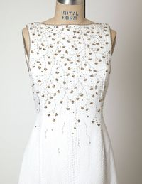 Oscar de la Renta embroidered gown.