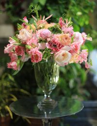 The prettiest and sweetest arrangement: a grouping of elegant shades of pink.rennyandreed.com
