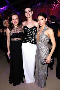Elisabeth Moss in Houghton, Anne Hathaway and Jenna Dewan Tatum