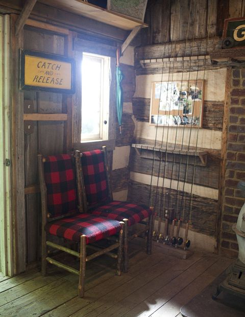 Inside the Grey Drake fly-fishing cabin.