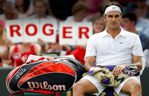 Roger Federer wins Wimbledon for the seventh time and reclaims his no. 1 ranking.