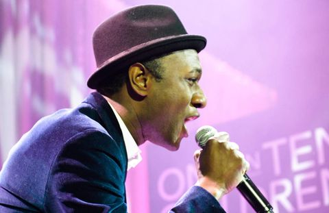 "Aloe Blacc performs his hit single ""I Need a Dollar""."