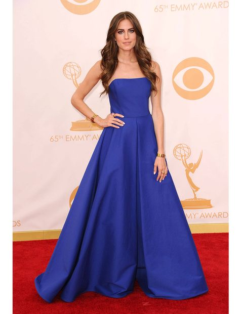 Williams wowed in this shocking royal blue gown at the Emmy Awards in 2013. She looks like a modern princess (in other words, a Middleton), which is basically everyone's style goal at the end of the day. Right?