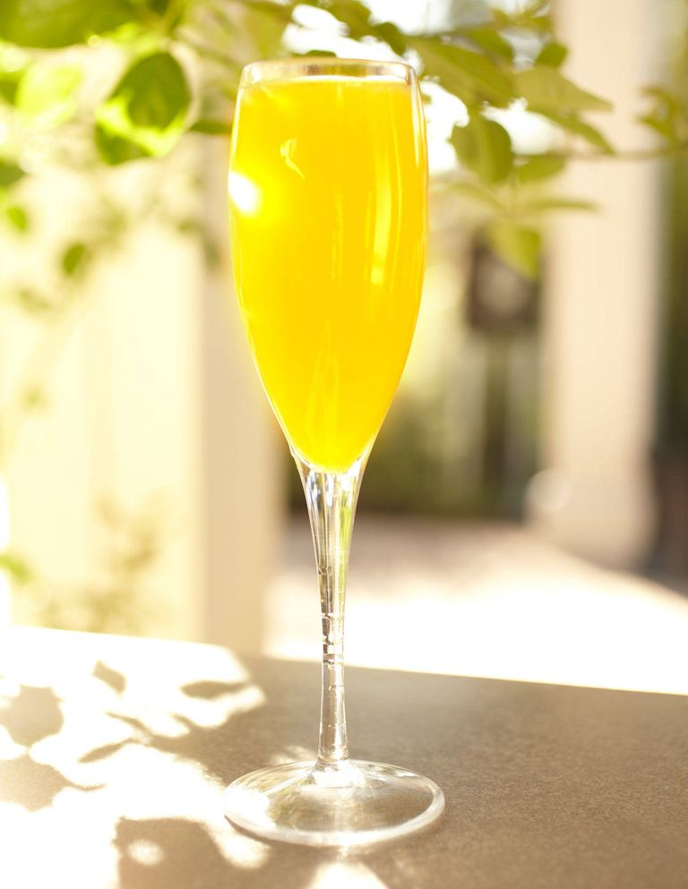 14 Best Champagne Cocktails Easy Champagne Drink Recipes
